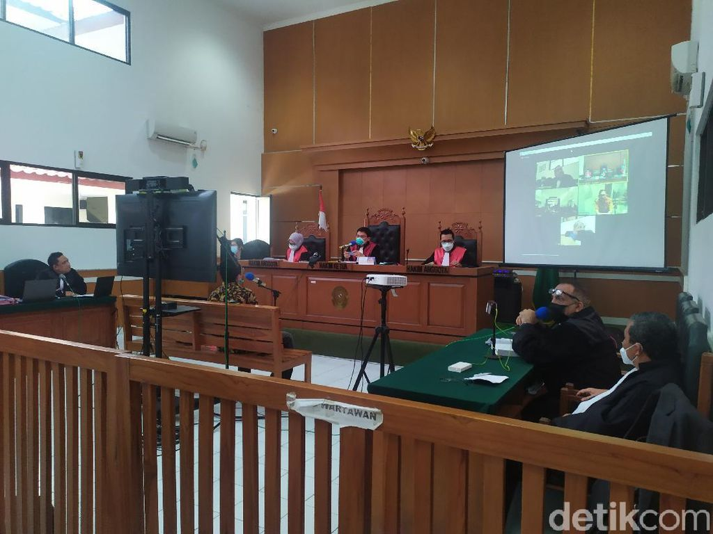 Jaksa Pertanyakan Validasi Saksi Ahli Kubu Syahganda