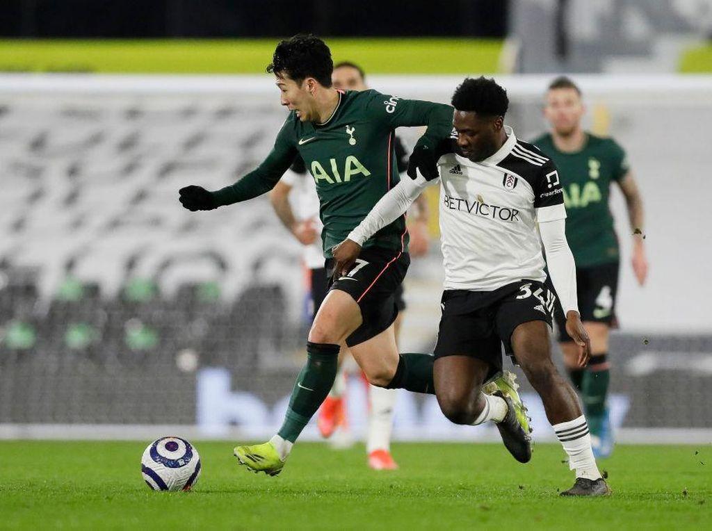 Fulham Vs Tottenham: The Lilywhites Menang 0-1