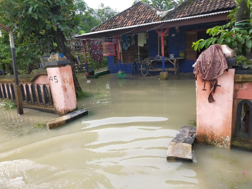 Ini Solusi Pendek dan Panjang Bupati Gresik Atasi Banjir Luapan Kali Lamong