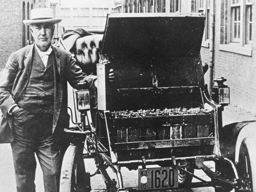 Baterai Sumber Tenaga Mobil Listrik Ditemukan 120 Tahun Sebelum Masanya