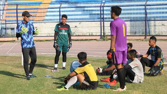 Pelatih kiper Erick Ibrahim meninggalkan Persela Lamongan