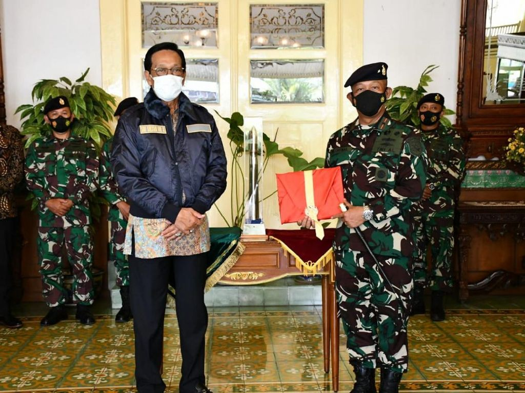 Sultan Hamengkubuwono X- Danlantamal V Bahas Sektor Maritim Kulon Progo