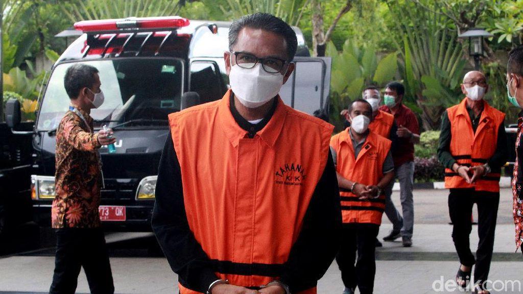 Momen Nurdin Abdullah Jalani Pemeriksaan Perdana di KPK