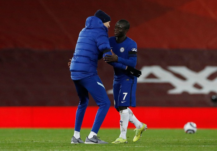 LIVERPOOL, ENGLAND - MARCH 04: Thomas Tuchel, Manager of Chelsea and NGolo Kante of Chelsea celebrate following their teams victory in the Premier League match between Liverpool and Chelsea at Anfield on March 04, 2021 in Liverpool, England. Sporting stadiums around the UK remain under strict restrictions due to the Coronavirus Pandemic as Government social distancing laws prohibit fans inside venues resulting in games being played behind closed doors. (Photo by Phil Noble - Pool/Getty Images)
