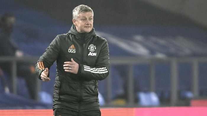 Manchester Uniteds manager Ole Gunnar Solskjaer reacts during the English Premier League soccer match between Crystal Palace and Manchester United at Selhurst Park stadium in London, England, Wednesday, March 3, 2021. (Mike Hewitt/Pool via AP)