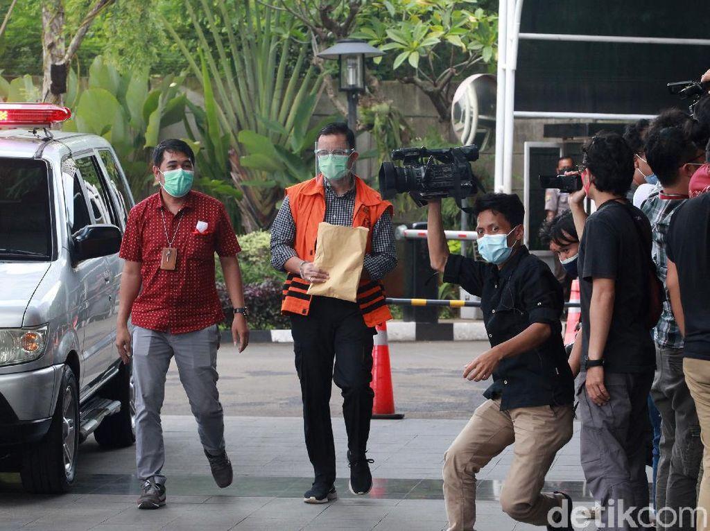 Jaksa: Juliari Sewa Pesawat-Bayar Honor Cita Citata Pakai Duit Bansos Corona