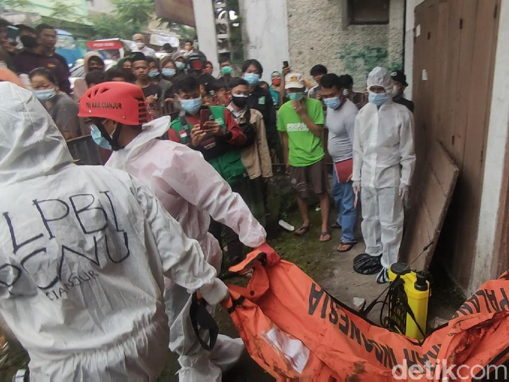Jabar Hari Ini: Kakak dan Adik Tewas Mengenaskan-400 Pengungsi Banjir Positif Corona