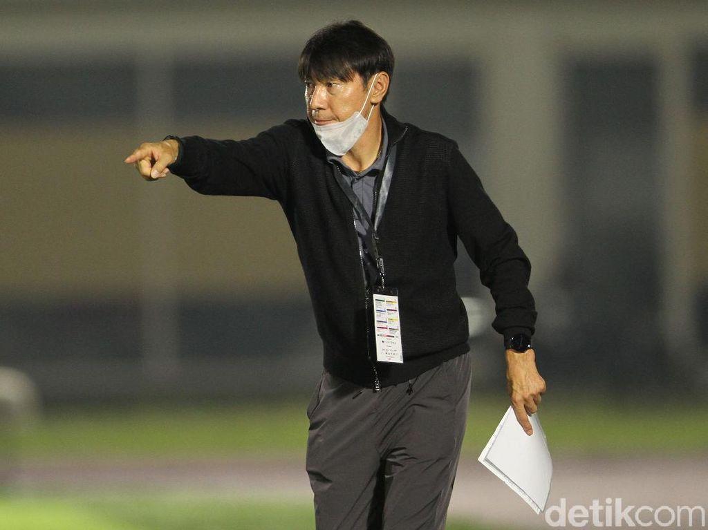 Shin Tae-yong Ungkap Alasan Tak Mainkan Evan Dimas dan Nadeo
