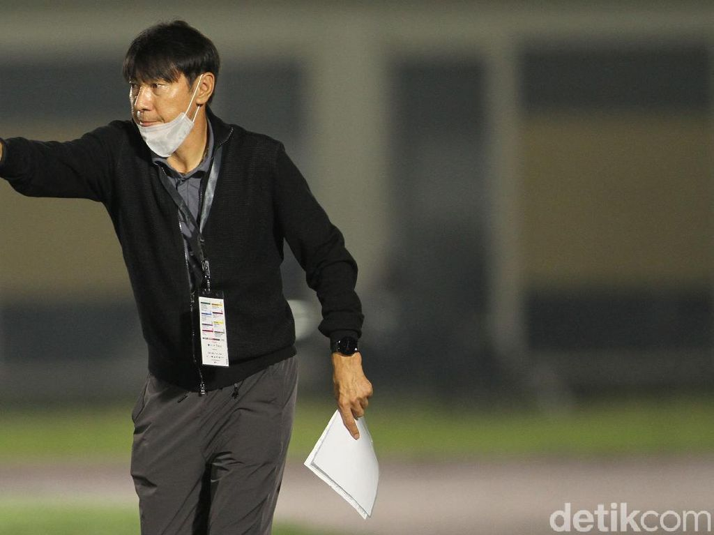 Sesmenpora Benarkan Shin Tae-yong Masuk HCU karena COVID-19
