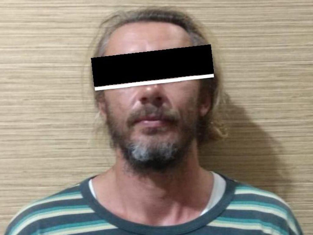Diduga Bawa Suket PCR Palsu, 2 Bule di Bali Ditangkap Polisi