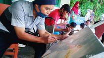 Menjaga Kreativitas, Warga Difabel di Klaten Belajar Melukis
