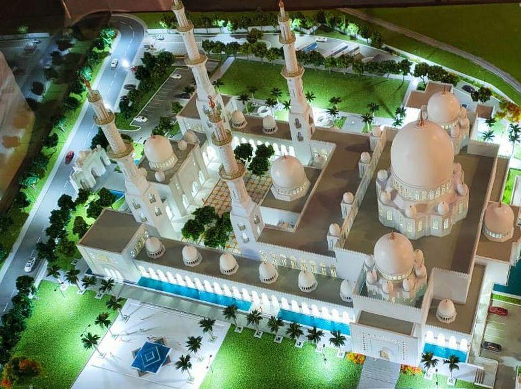 Gibran Buka-bukaan Desain Masjid Syeikh Zayed ala Solo