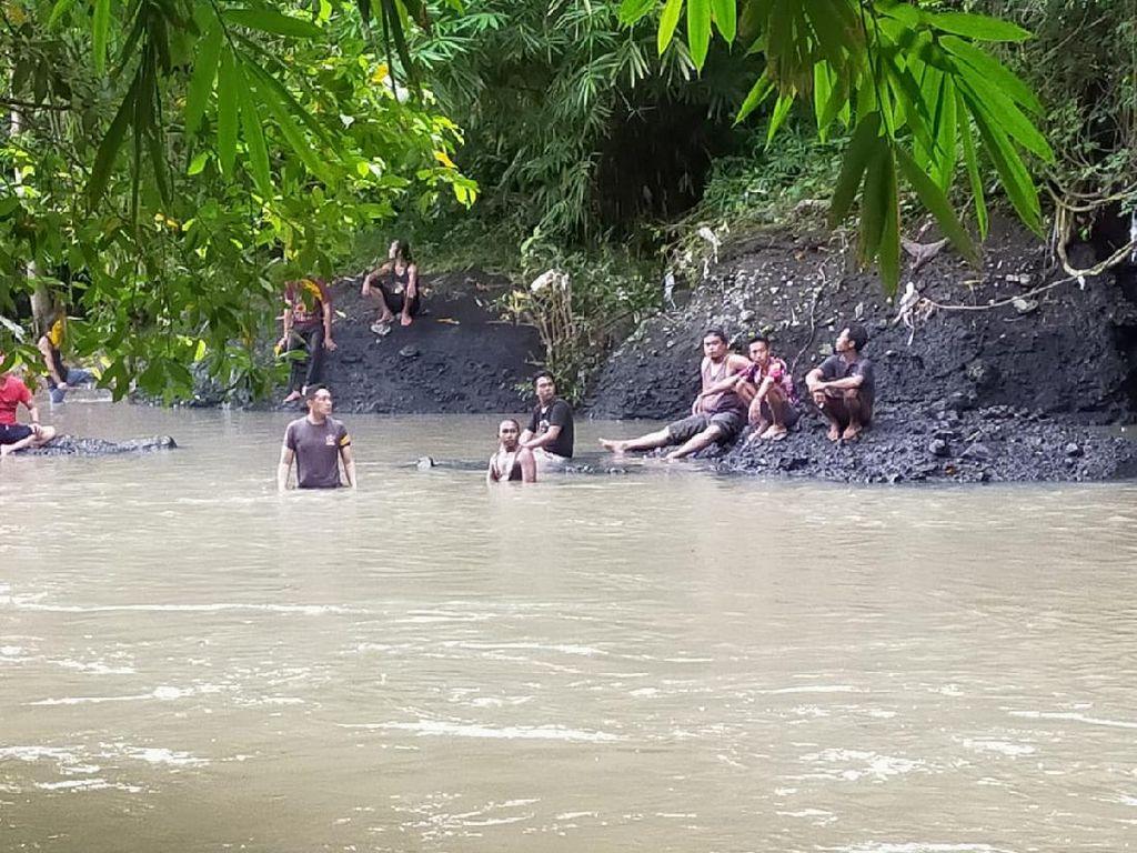 3 Remaja Putri Terseret Arus Sungai di Lombok, 2 Tewas Tenggelam