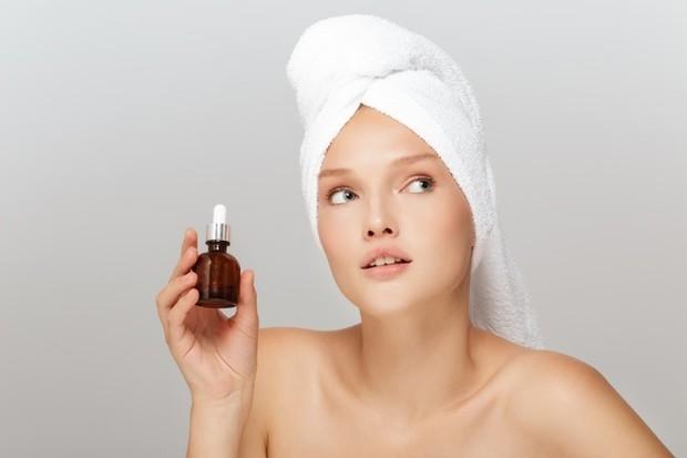 Chemical eksfoliasi bisa menjadi pilihan untuk kulit glowing/freepik.com