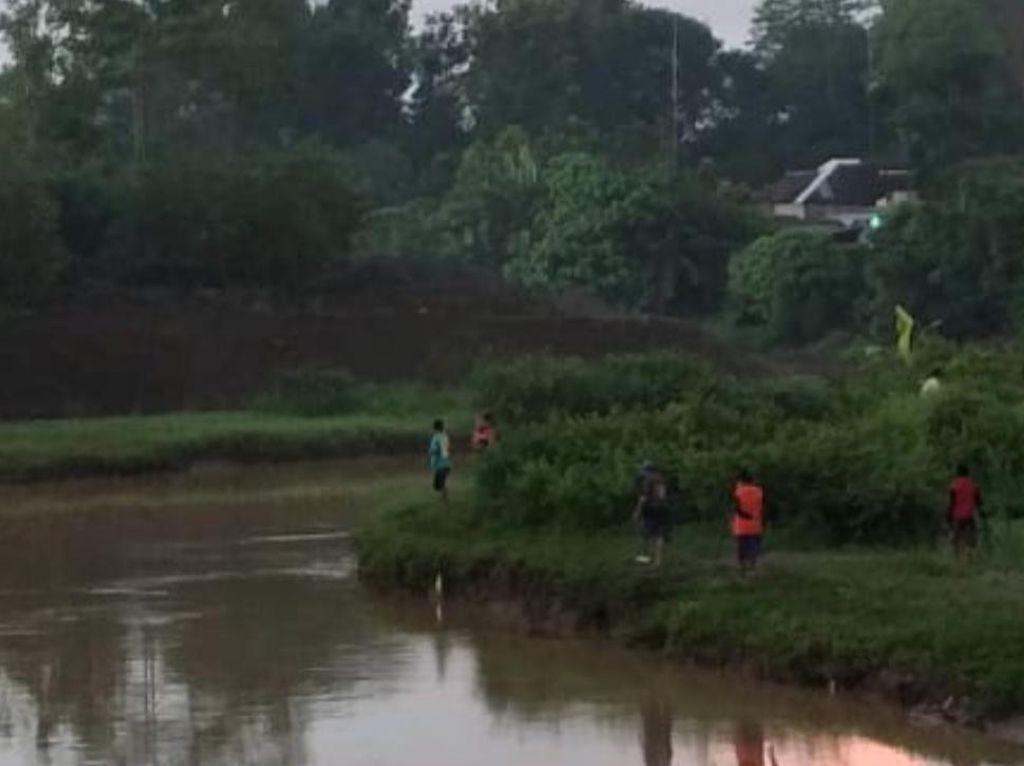 Seorang Pencari Ikan di Blitar Dilaporkan Hilang Terseret Arus Sungai Bogel