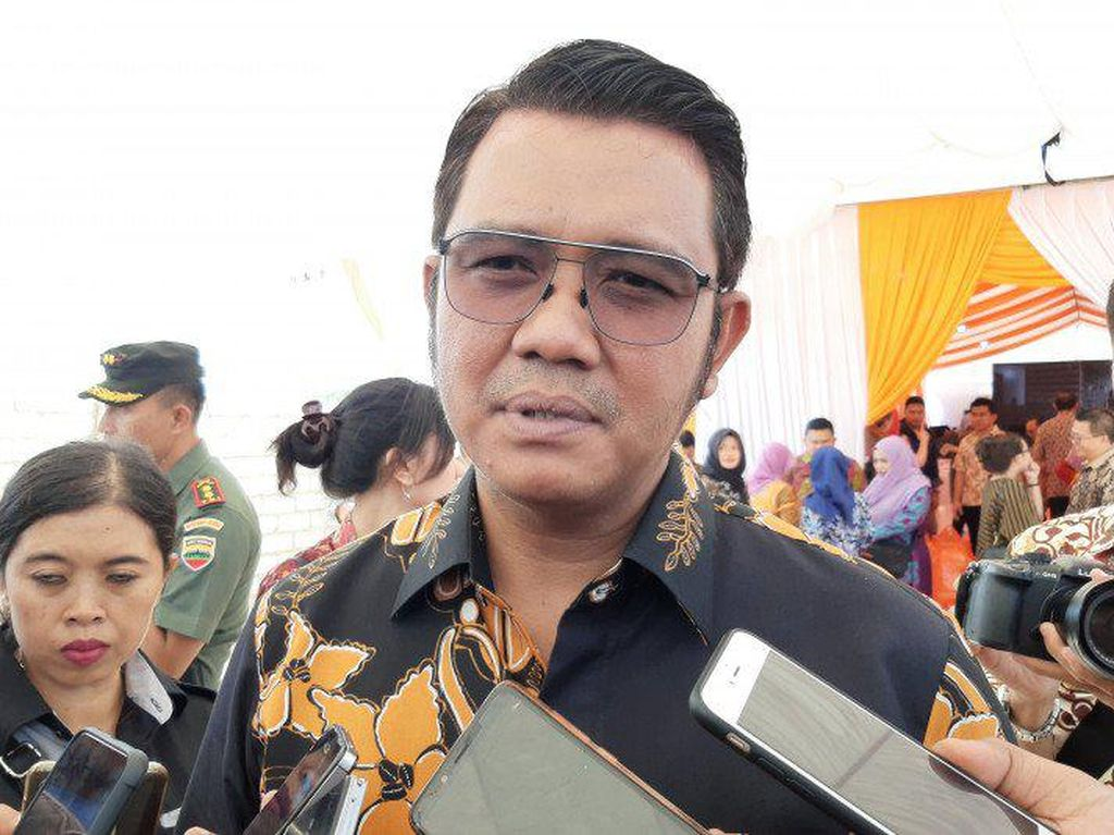 Buntut Hadiri KLB Deli Serdang, Bupati Bintan Dipecat Partai Demokrat