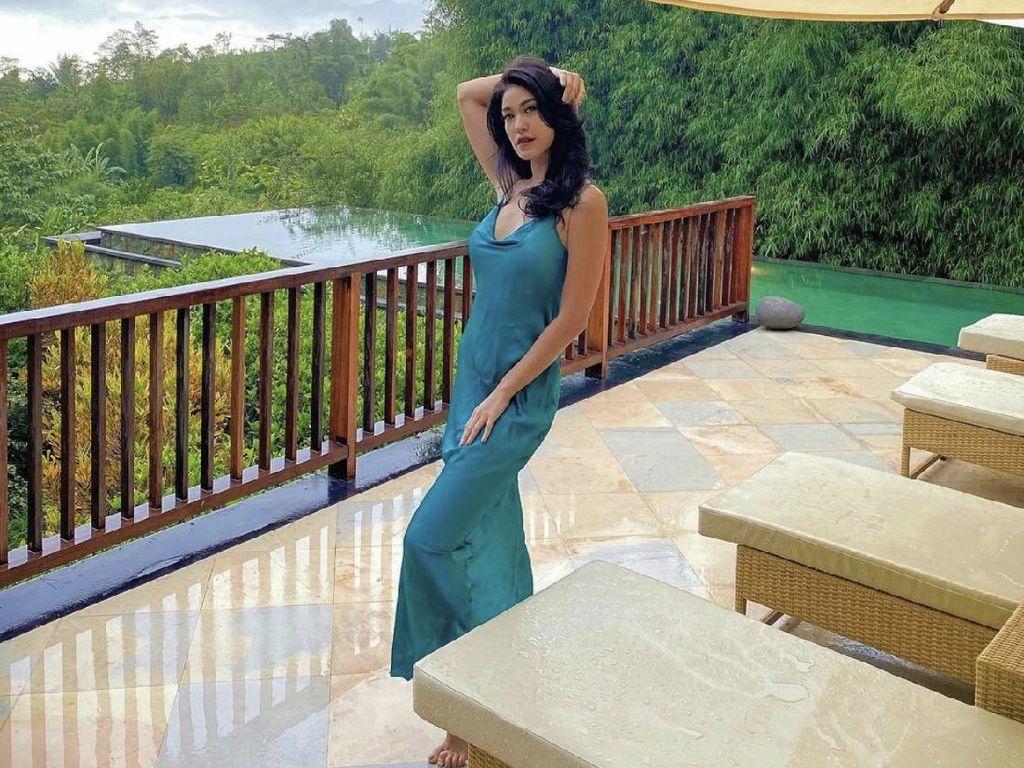 Elma Agustin Pamer Body Goal, Disemprot Umbar Aurat