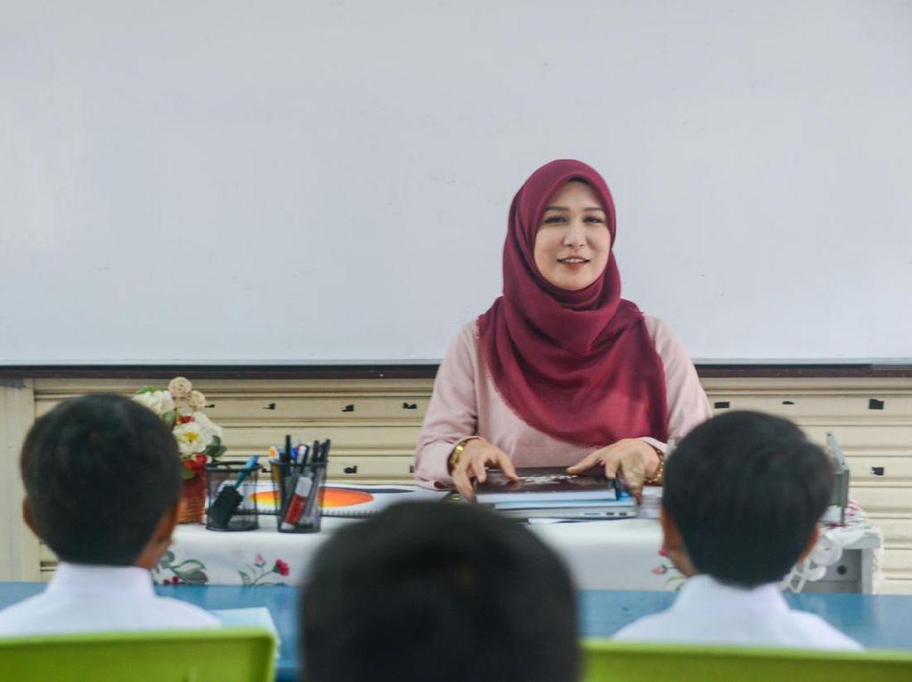 Kemenag Komitmen Perjuangkan 120 Ribu Honorer Jadi Guru Agama PPPK