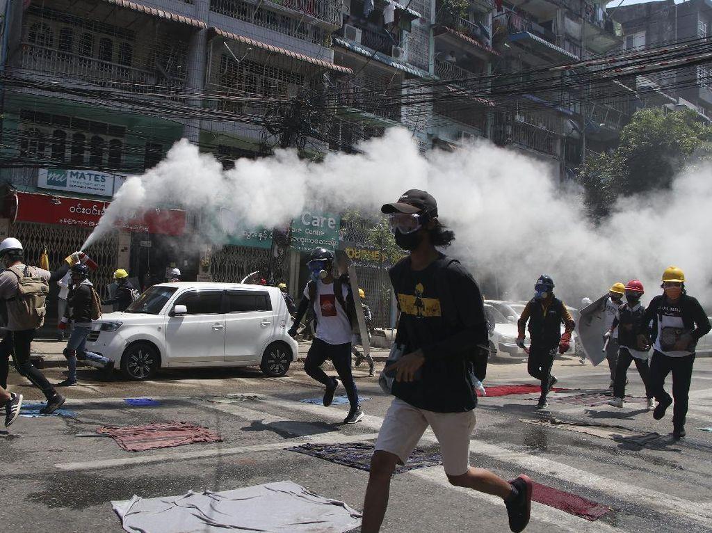 200 Demonstran di Myanmar Diamankan, PBB Desak Polisi Izinkan Massa Pulang
