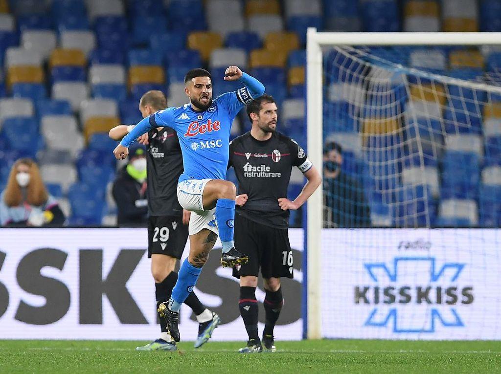 Napoli Bekap Bologna 3-1, Lorenzo Insigne Jadi Bintang
