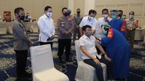 Wujud Cinta ke Senior, Polri Gelar Vaksinasi Corona untuk 2.282 Purnawirawan
