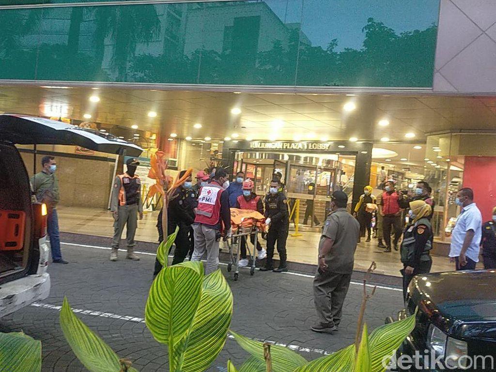 Kronologi Pria Tewas Terjatuh dari Lt 2 Tunjungan Plaza