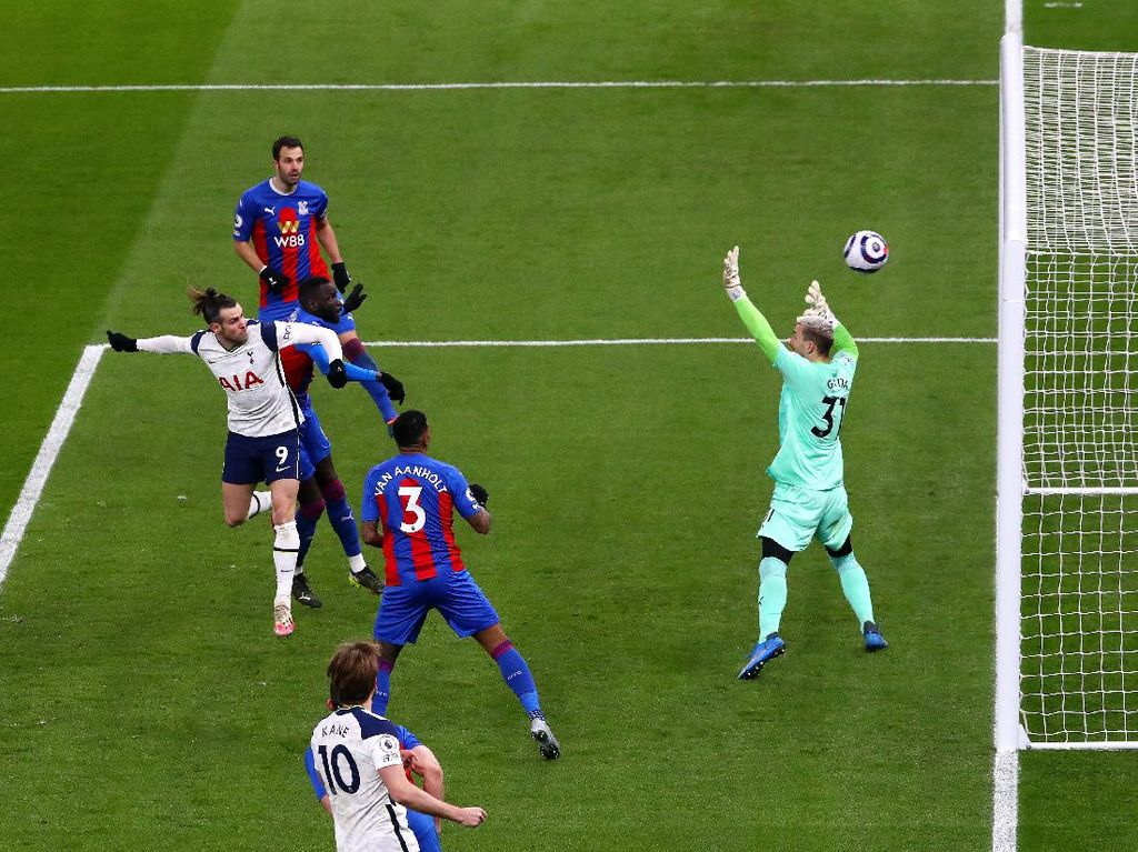 Tottenham Sudah 100 Gol, Mourinho: Lumayan buat Tim Defensif, kan?