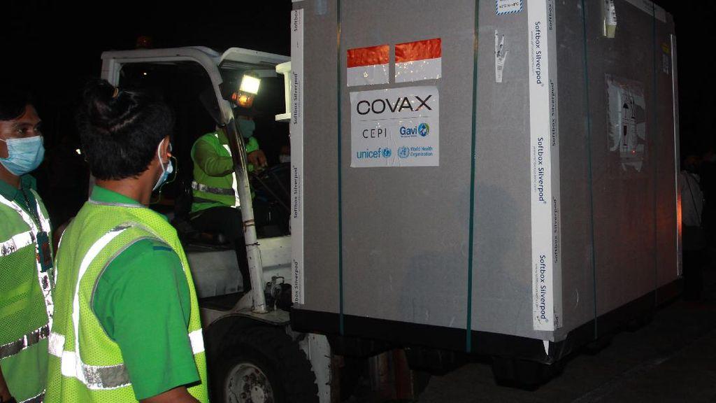 Vaksin COVID-19 AstraZeneca Mendarat di Indonesia