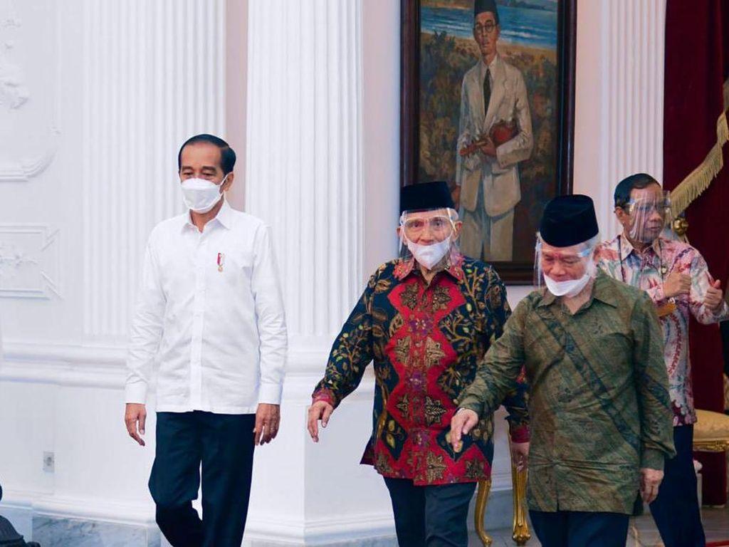 TP3: Presiden Jokowi Janji Tangani Kasus Km 50 dengan Transparan