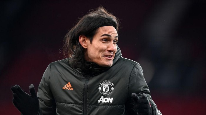 MANCHESTER, ENGLAND - FEBRUARY 09: Edinson Cavani of Manchester United reacts prior to The Emirates FA Cup Fifth Round match between Manchester United and West Ham United at Old Trafford on February 09, 2021 in Manchester, England. Sporting stadiums around the UK remain under strict restrictions due to the Coronavirus Pandemic as Government social distancing laws prohibit fans inside venues resulting in games being played behind closed doors. (Photo by Michael Regan/Getty Images)