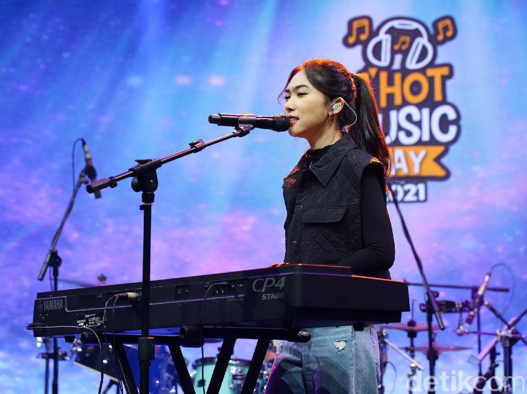 Isyana Sarasvati Punya Doa untuk Musik Indonesia