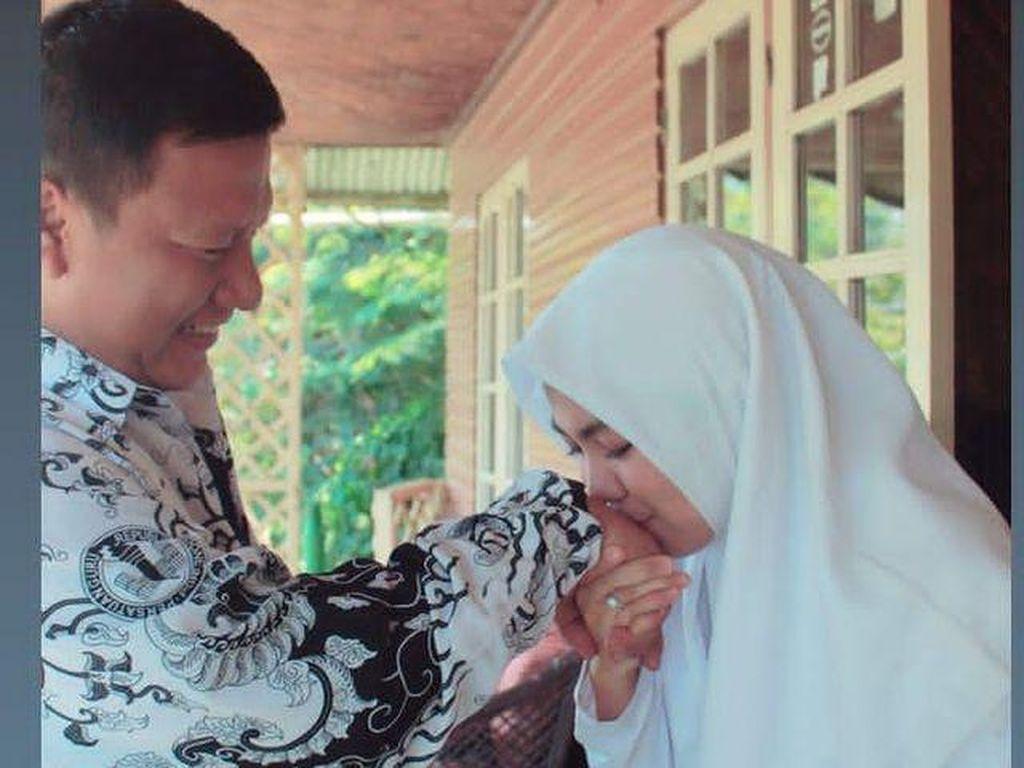Viral Kisah Pernikahan Guru dan Murid Beda Usia 18 Tahun di Jakarta Timur