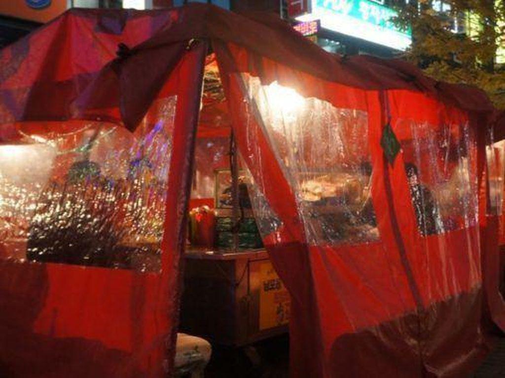 5 Fakta Pojangmacha, Warung Tenda Tempat Nongkrong Orang Korea