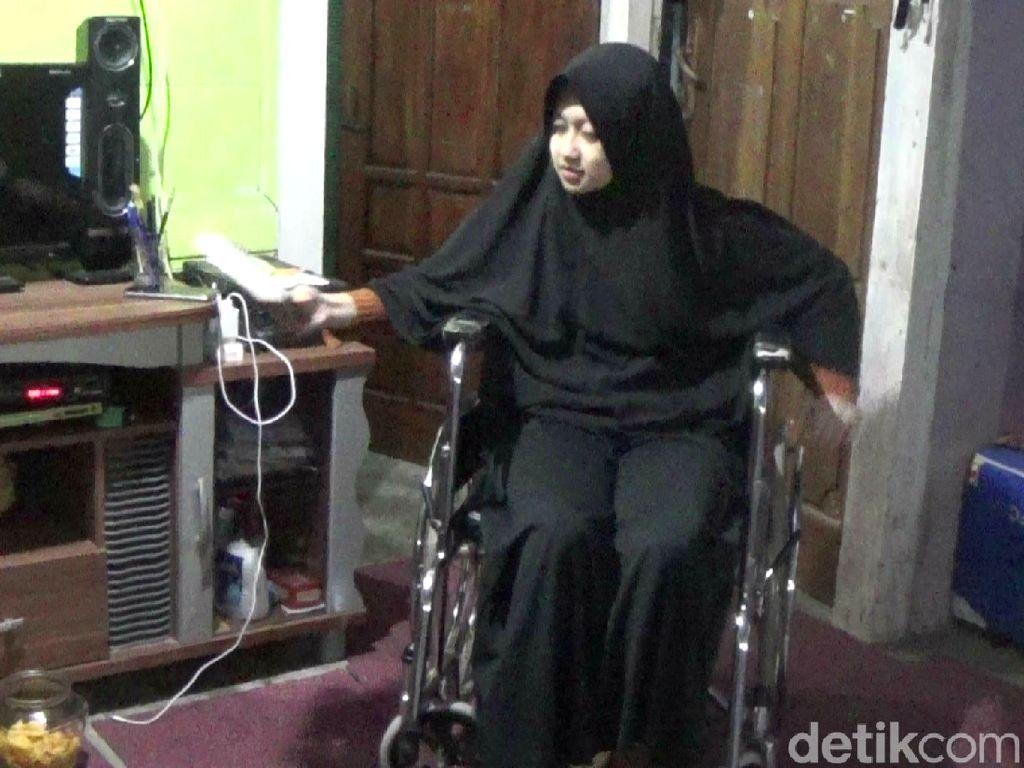 Awal Sakit yang Melumpuhkan 2 Kaki Rahma, Gadis Difabel Jago Melukis