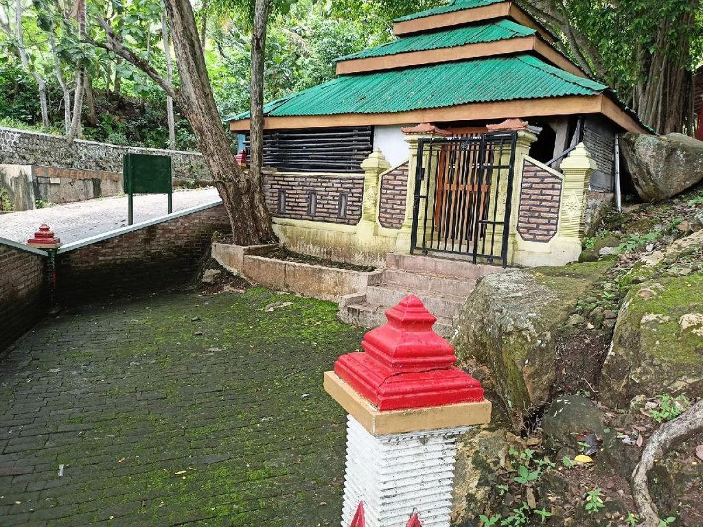 Situs Watu Dukun Mirip Ranjang Ponorogo Diyakini Tempat Singgah Raja Airlangga