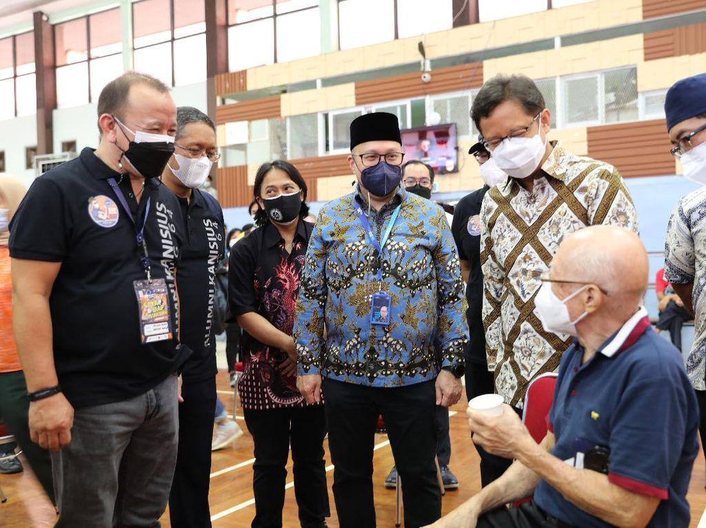 2.500 Lansia di DKI Jakarta Dapat Vaksinasi Gratis