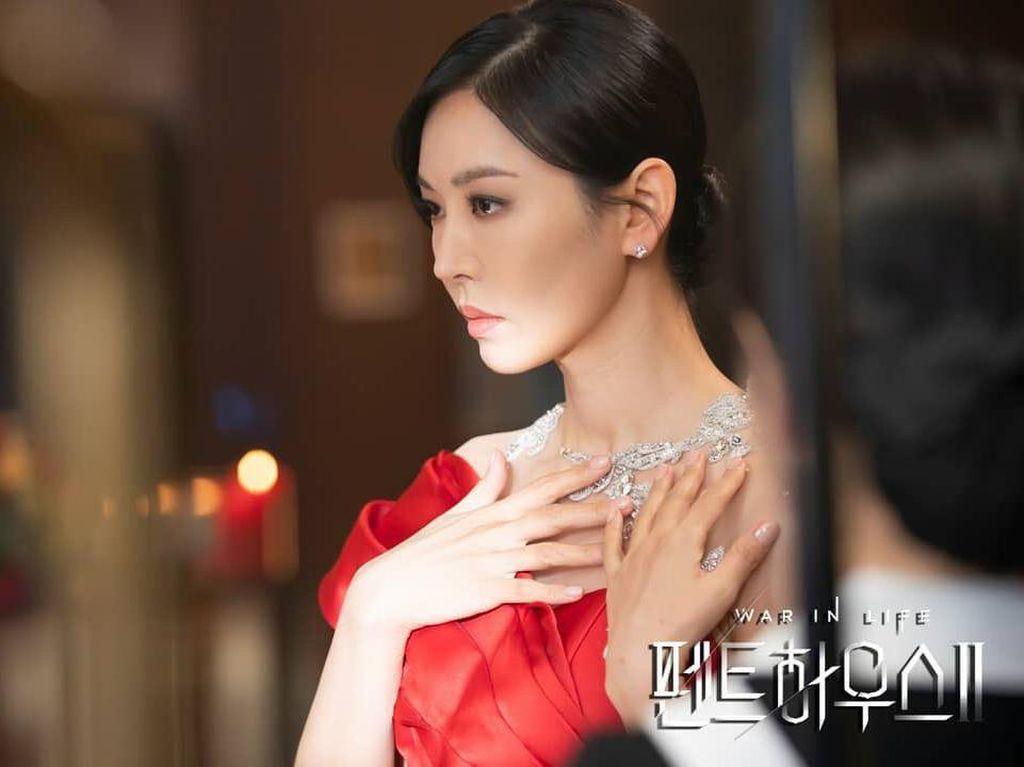 Sinopsis The Penthouse Episode 4: Terungkap Fakta tentang Cheon Seo Jin