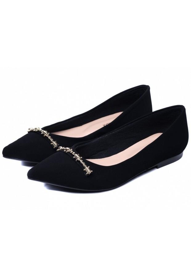 Flat Shoes untuk Sidang Skripsi