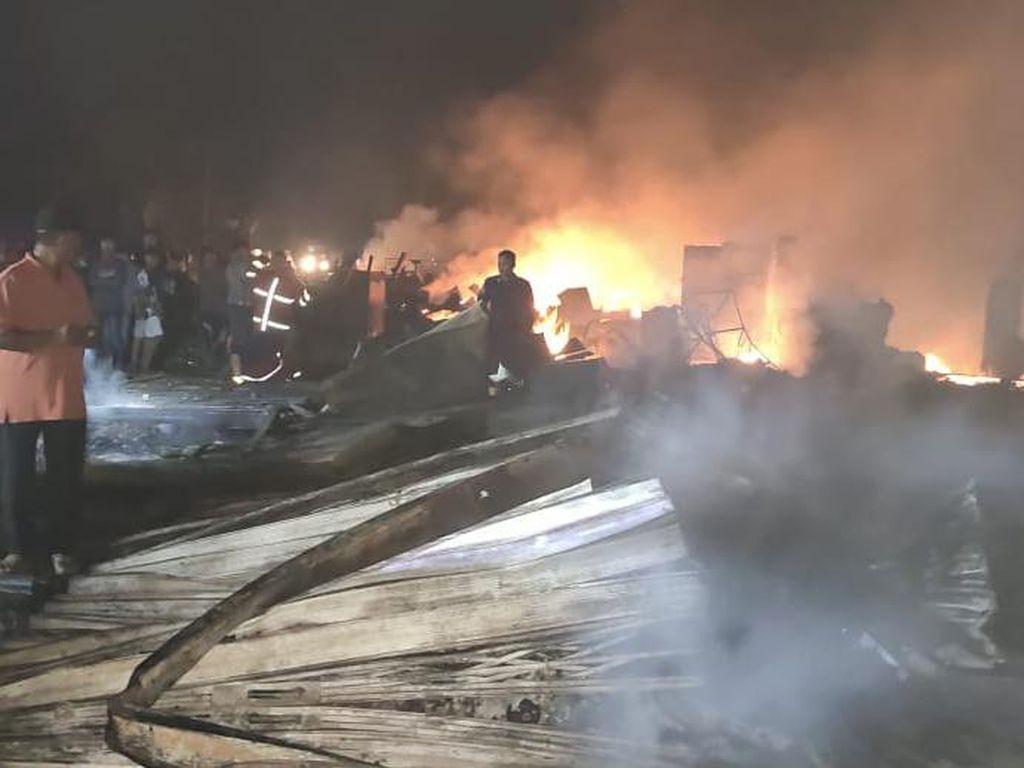 Kebakaran Pasar Tradisional di Kampar Riau, 52 Ruko-7 Kios Hangus