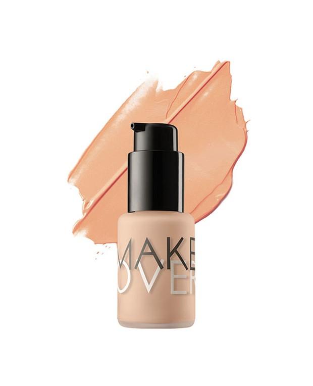 Make Over Ultra Cover Liquid Matt Foundation memiliki tekstur yang ringan dan mudah diaplikasikan /shop.makeoveforall.com