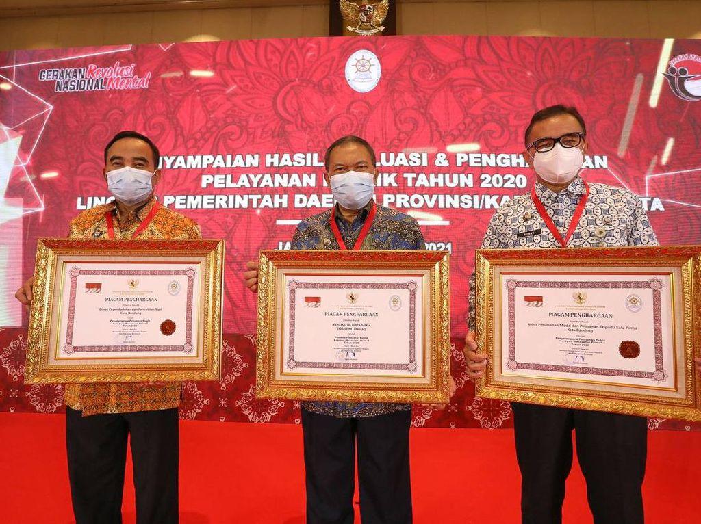 Pemkot Bandung Sabet 3 Penghargaan Pelayanan Publik dari Kemenpan RB