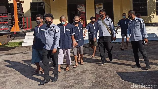 Polda Aceh musnahkan barang bukti sabu seberat 404,9 kilogram yang disita dalam dua bulan terakhir (Agus Setyadi/detikcom)
