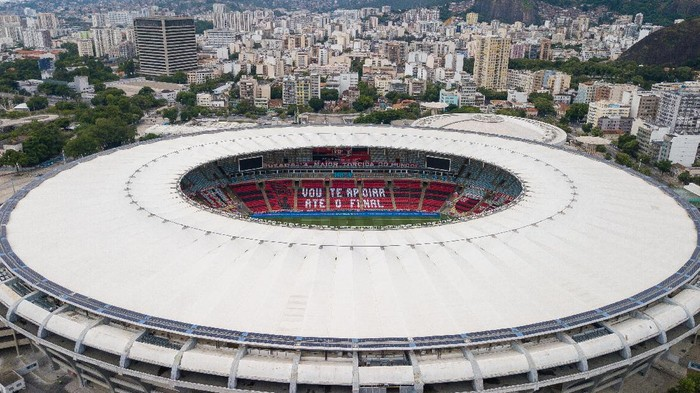 RIO DE JANEIRO, BRAZIL - FEBRUARY 21: General view of the stadium before a match between Flamengo and Internacional as part of 2020 Brasileirao Series A at Maracana Stadium on February 21, 2021 in Rio de Janeiro, Brazil. (Photo by Buda Mendes/Getty Images)