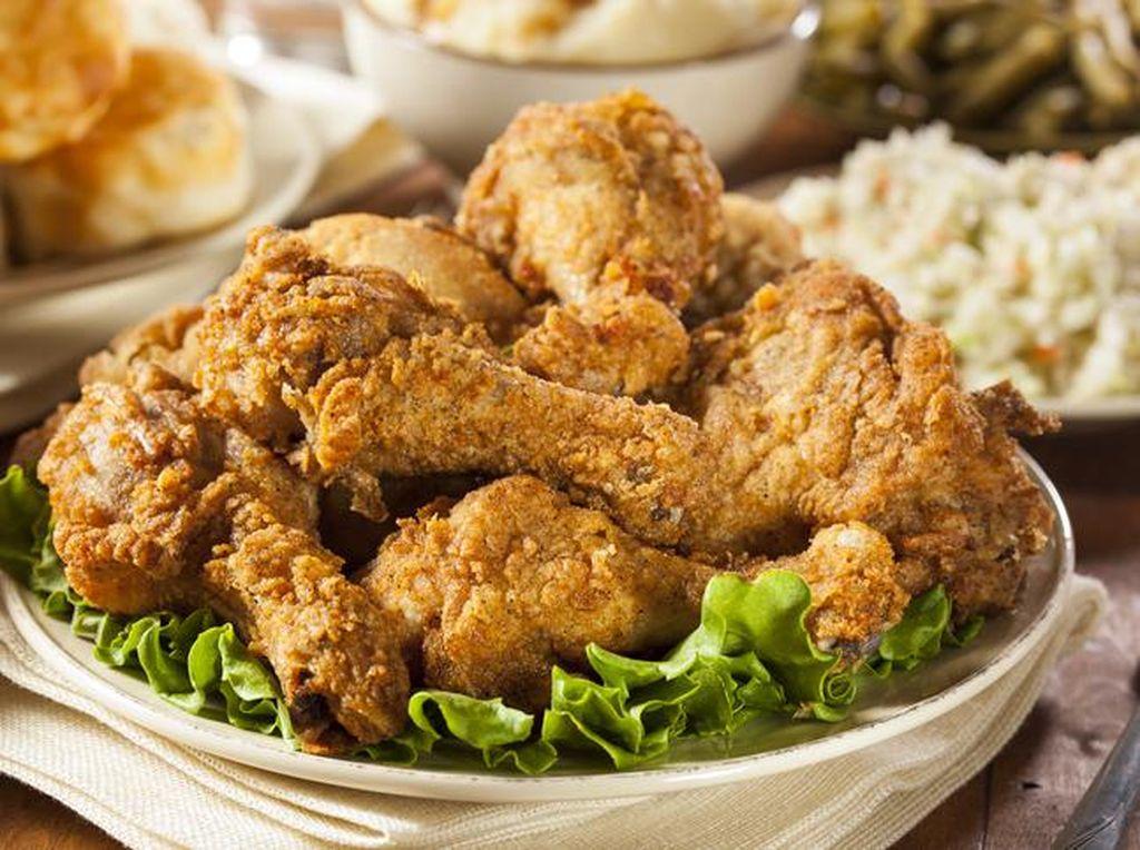 Tips Bikin Ayam Goreng Tepung yang Renyah Garing