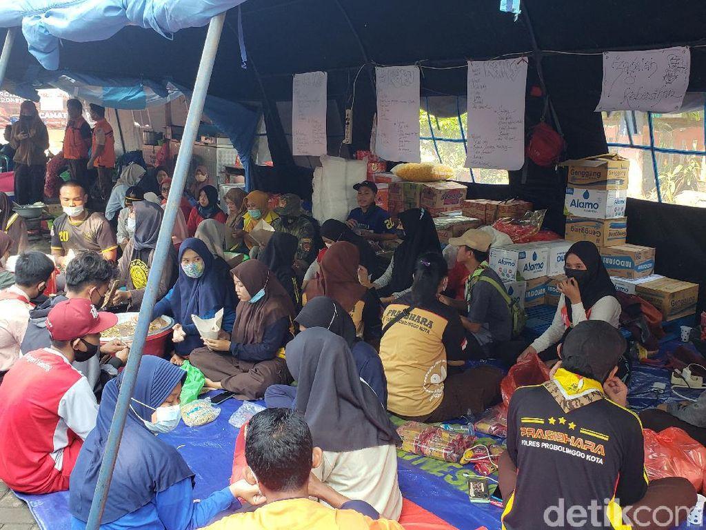 Warga Pilih Bertahan di Pengungsian Meski Banjir Probolinggo Sudah Surut