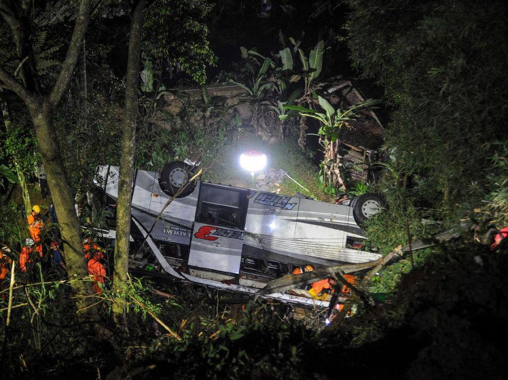 Kecelakaan Bus Tewaskan 30 Orang, Pengamat Soroti Kewajiban Seatbelt