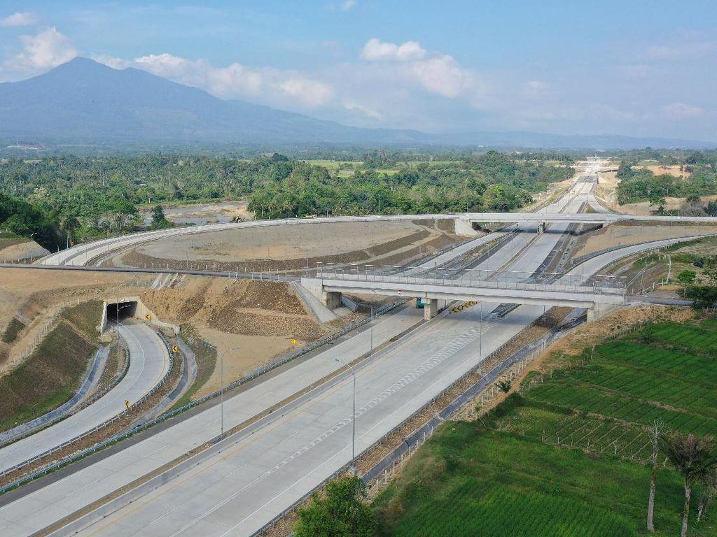 1.100 Km Tol Trans Sumatera Operasi di 2023