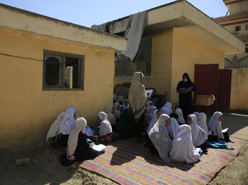 Picu Reaksi di Medsos, Afghanistan Cabut Larangan Siswi Bernyanyi
