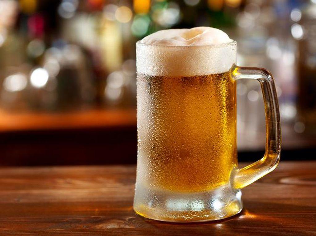 Baleg Gelar Rapat Pleno Bahas RUU Larangan Minuman Alkohol