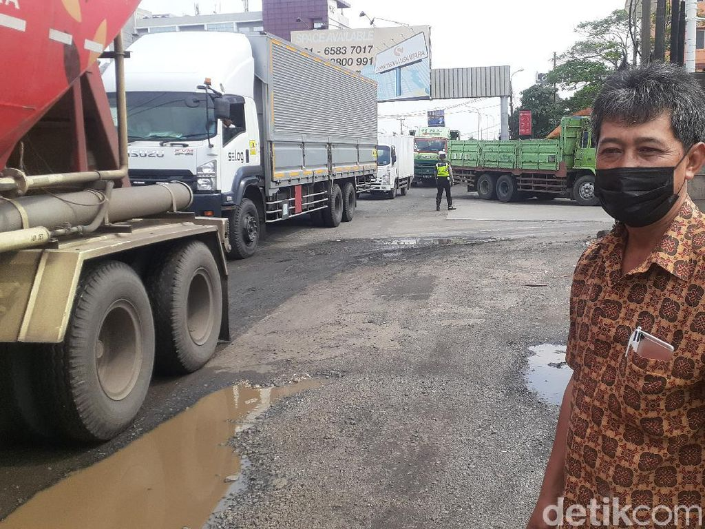 Bina Marga Jelaskan Sebab Jl Raya Industri Kabupaten Bekasi Kerap Rusak